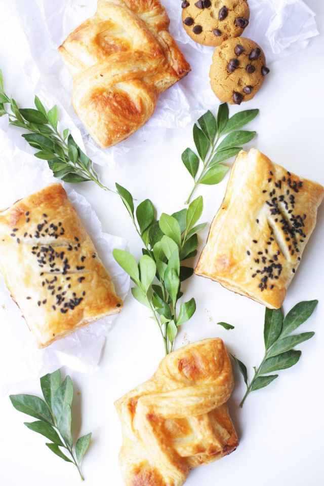 brown pastry with leaves
